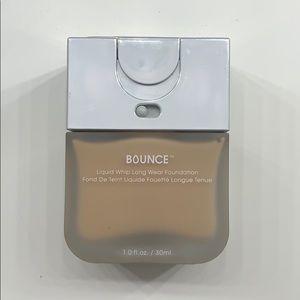 Beauty Blender Bounce Foundation (Shade 3.45)